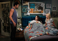 2011 - Two Broke Girls (-)
